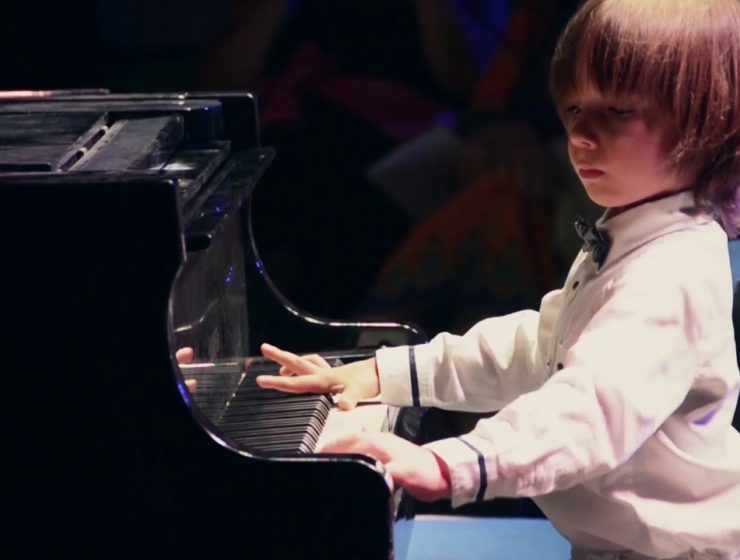 Six-year-old Stelios Kerasidis from Greece, to perform at New York's Carnegie Hall 1
