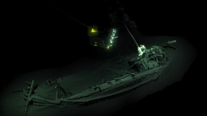 World's oldest intact shipwreck discovered at the bottom of the Black Sea 4