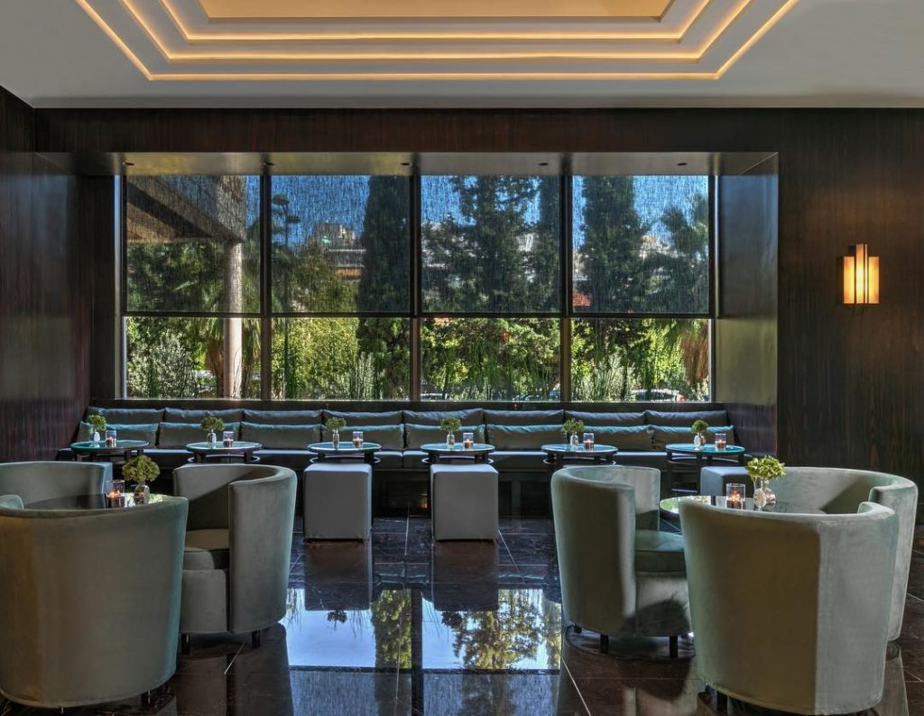 Chic new restaurant & bar opens in the heart of Greek capital city 7