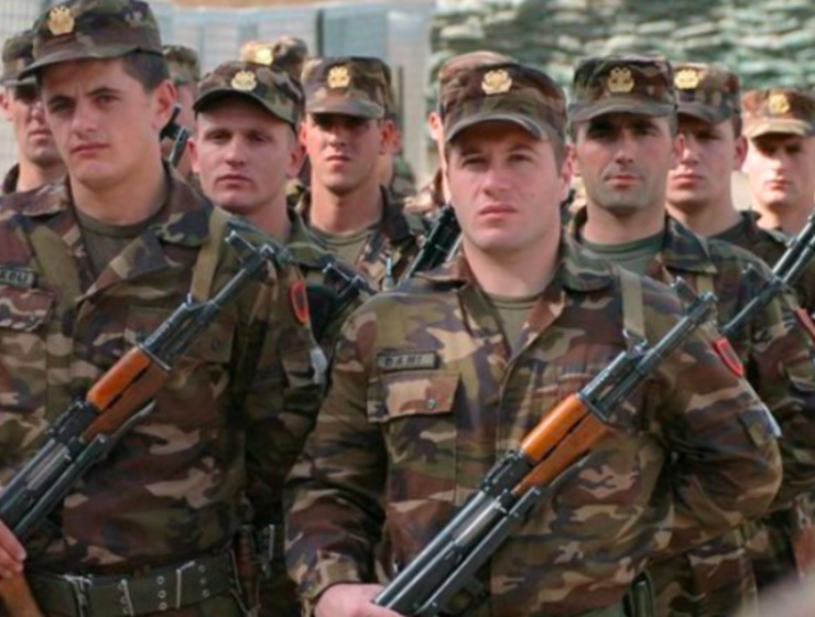 Albanian army claim they are ready for war with Greece 9
