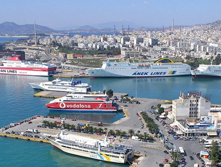 Greece's shipping industry forced to increase ferry prices 1