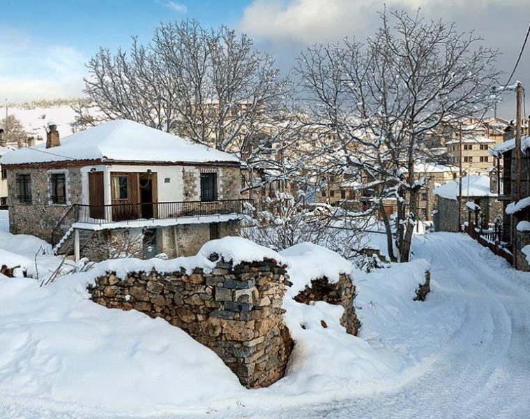 Greece set to receive its first snow of the season 32