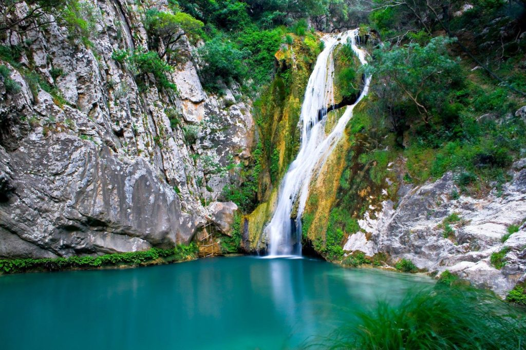 Visiting Greece's largest and most stunning waterfalls of Edessa 2