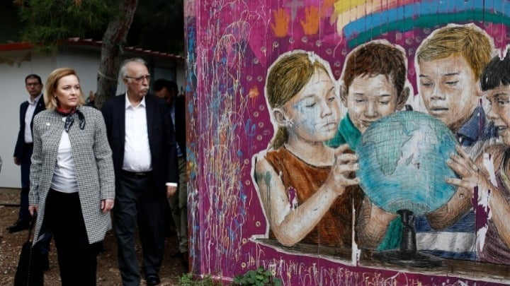 Greek migrant centre impresses Romanian Minister 13