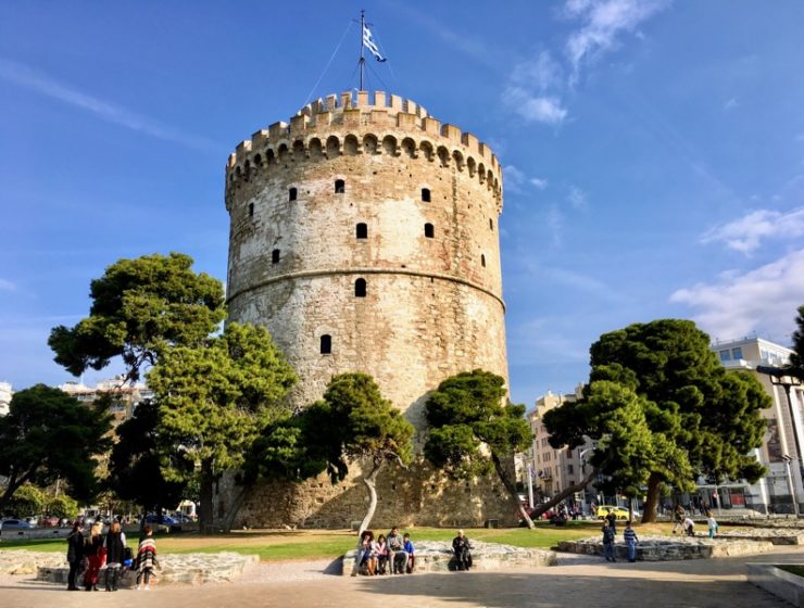 Thessaloniki to hand out 265,000 survival guides to citizens 1