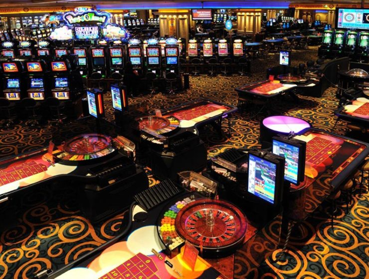 Government not 'gambling' with casino licensing standards 11