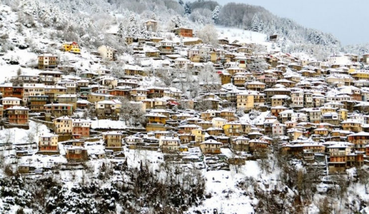 "Greece's Winter Destinations ""Fully Booked"" 28"