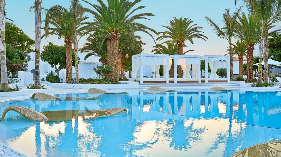Crete s boutique hotel leading the way in style and for Leading small hotels