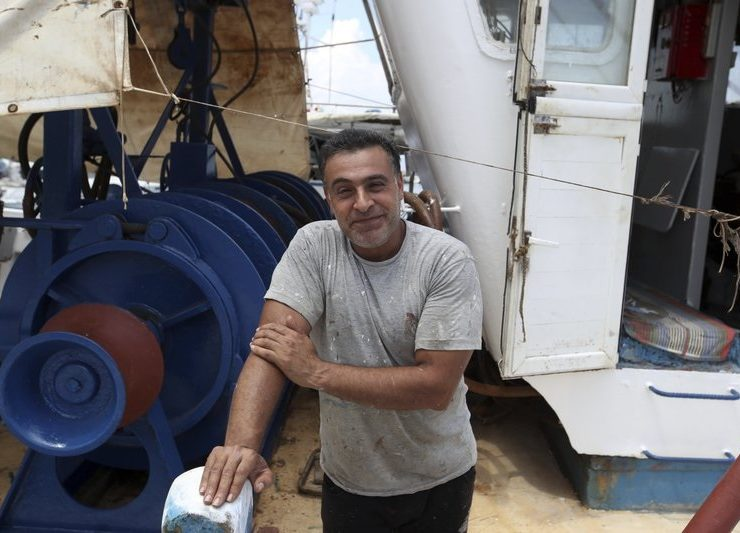 Greek citizenship to be granted today to heroic fishermen who saved lives in Mati 12
