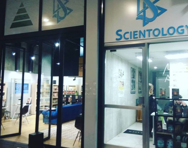 'Church' of Scientology Sets Up Shop in Athens    41