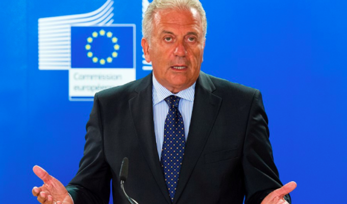 Europe is a protective umbrella for Greece: EU Commissioner 4