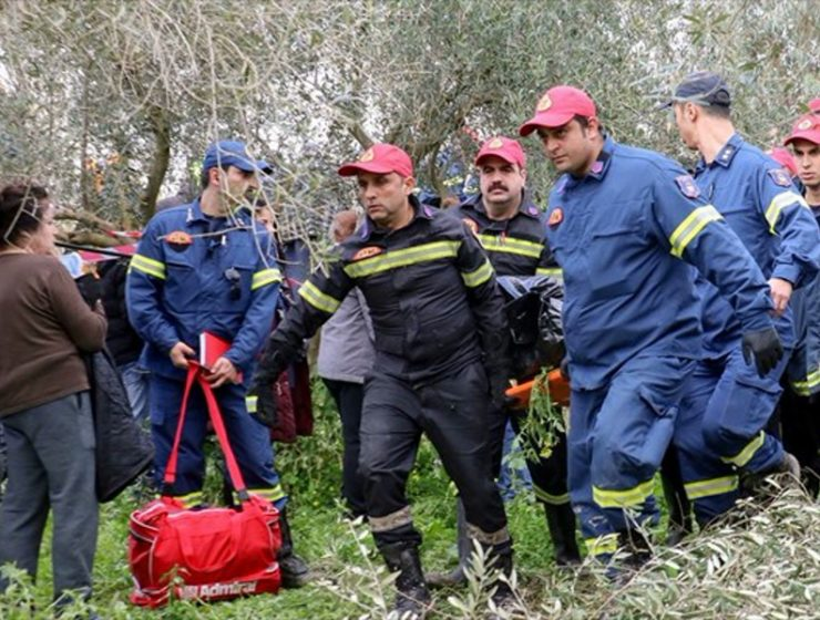 Four bodies recovered after flash flooding hits Crete 9