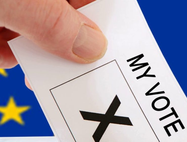 UK Greeks can't vote in UK for EU elections 27