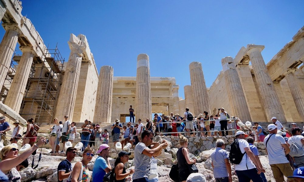 WTO congratulates Greece on tourism performance 1