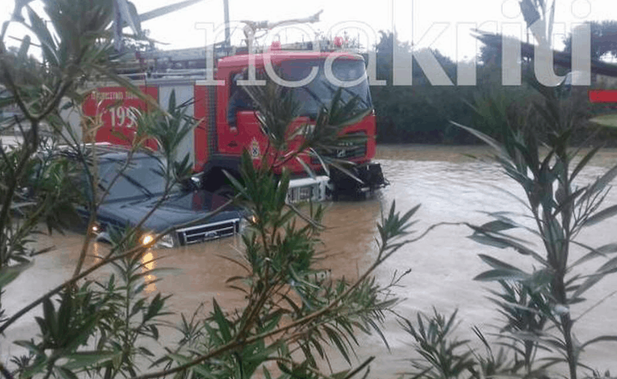Cretan farmer missing after severe storms hit Chania 2