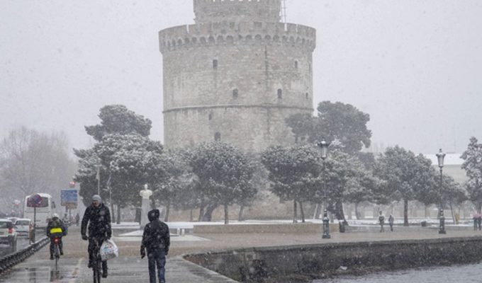 Snow and gale force winds sweep across Greece 31