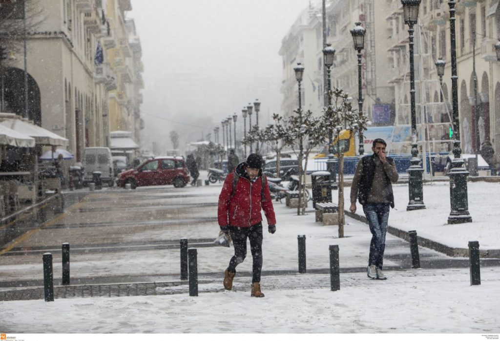 """""""Chioni"""" brings gale-force winds and cold temperatures across Greece 3"""