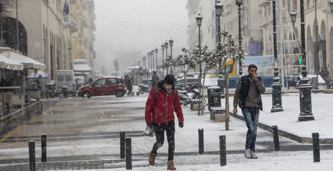"""""""Chioni"""" brings gale-force winds and cold temperatures across Greece 1"""