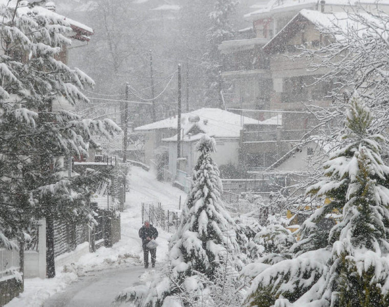 Snow set to sweep Greece again, as of today 36
