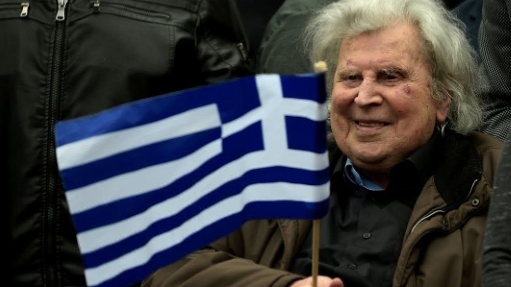 Mikis Theodorakis in hospital due to heart problems 2