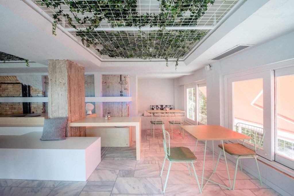 New Arrival in Athens' Coffee Scene: LOT51 11