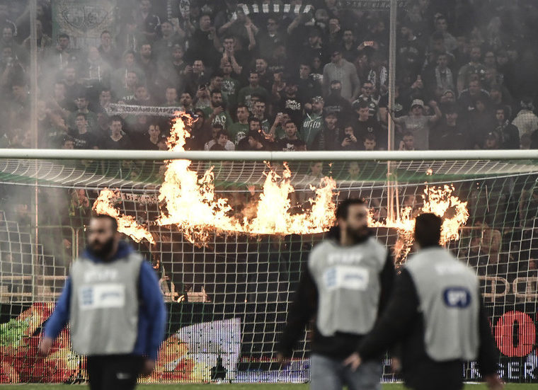 Athens Derby Abandoned after fans and police clash 8