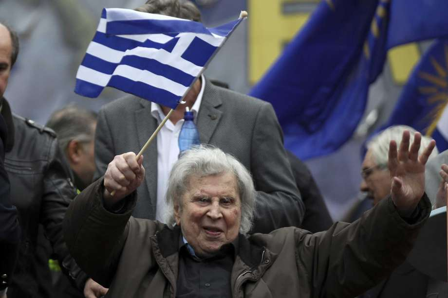 Greek composer Mikis Theodorakis released from hospital 2