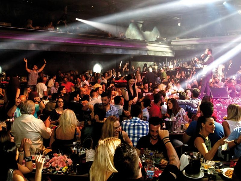 Council of State bans smoking in casinos, bars, clubs and bouzoukia in Greece 1