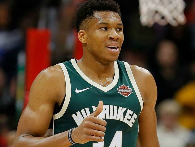 Giannis Antetokounmpo drops career high 52 points 14