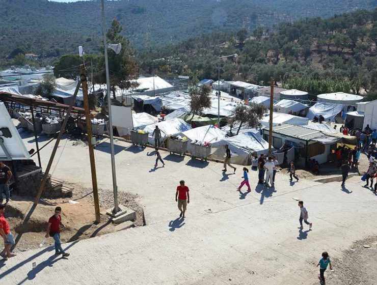 Over 300 asylum seekers removed from Lesvos migrant centre 21