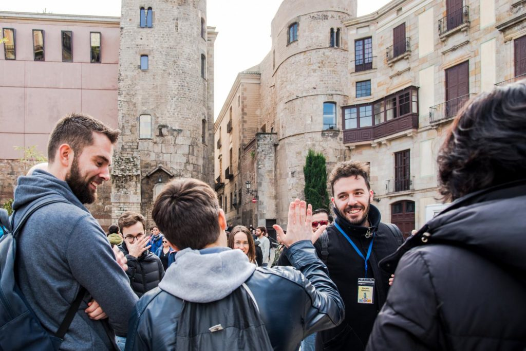 Greek tour guide in Barcelona aims to make Greek travelers' life easier 9