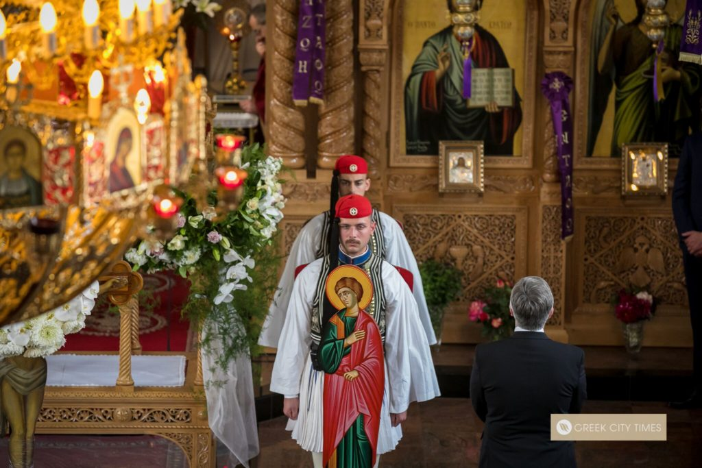 In a world first, Evzones stand guard at the Epitaphio in Adelaide 39