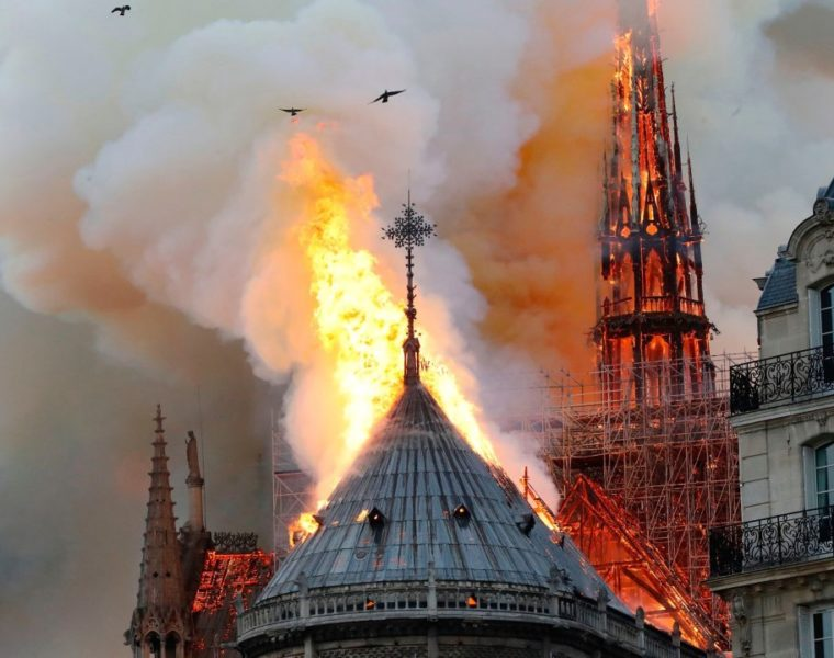 Greece sends messages of support to France after fire hits iconic Notre Dame 2
