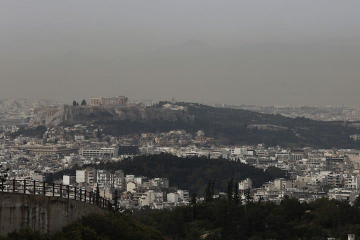 African dust clouds to cover Greece during Easter Holy Week 25