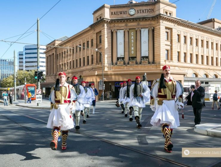 Greece's Presidential Guard marching in the ANZAC Parade, Adelaide 2019 (VIDEO) 27