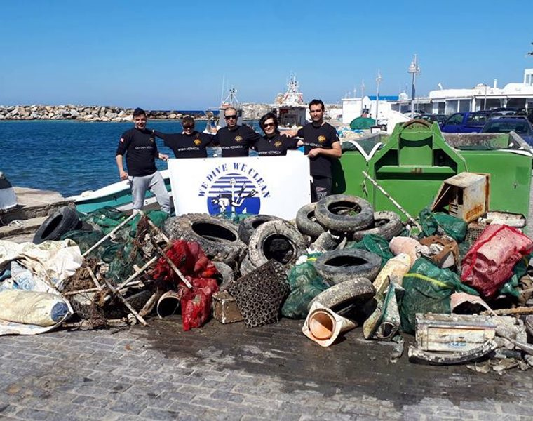 Greek volunteer divers remove 1,500 kilos of rubbish from the harbor of Naousa, Paros 35