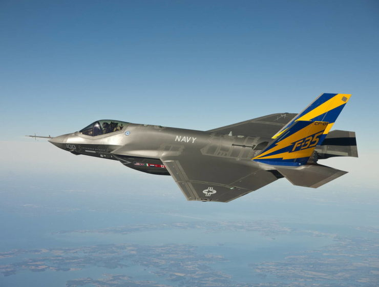 US looking to sell its F-35 fighter jets to Greece 15