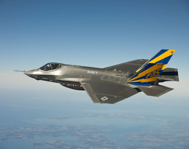 US looking to sell its F-35 fighter jets to Greece 10