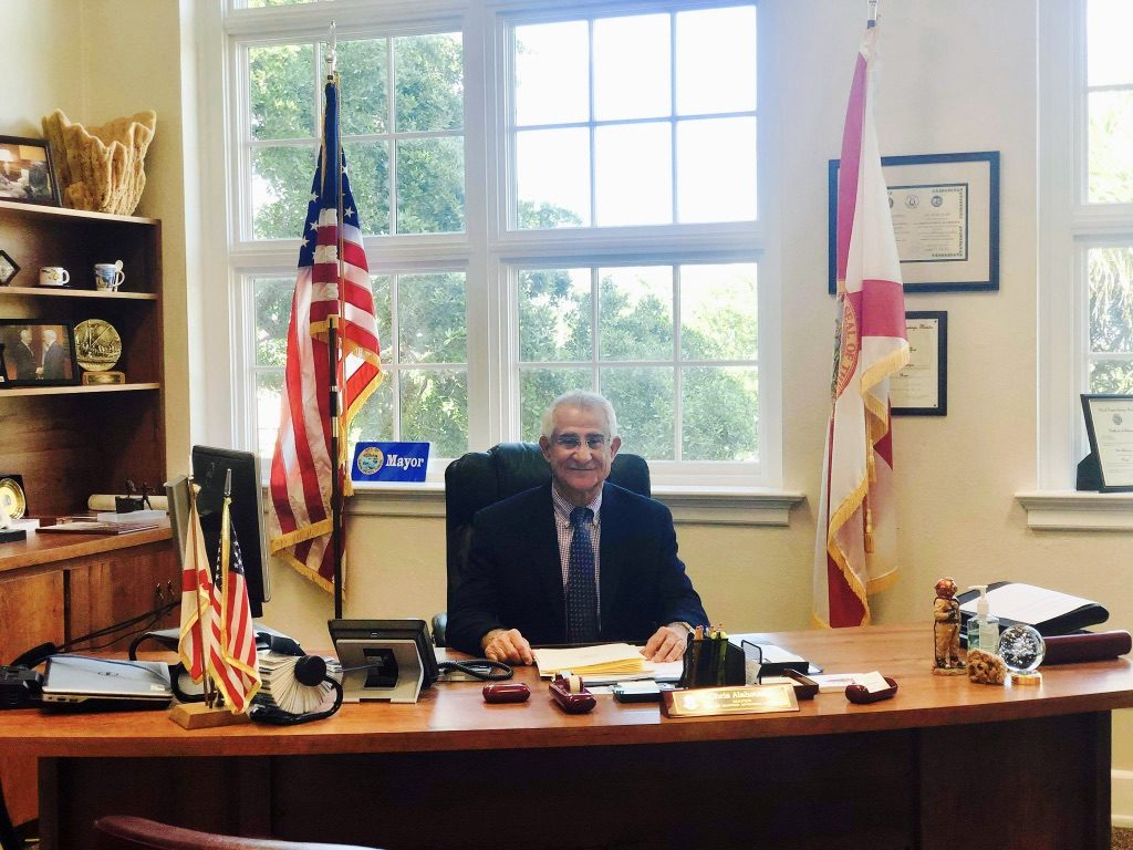 Greek-born Mayor of Tarpon Springs, re-elected to serve US city with highest percentage of Greeks 3