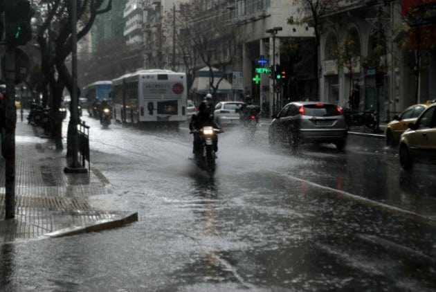 Rainstorms and strong winds to hit Greece this weekend 4