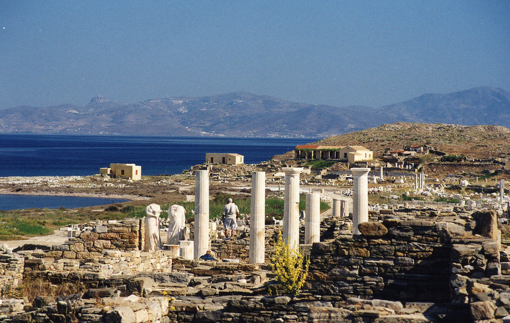 Historical island of Delos to become an Open Museum 3