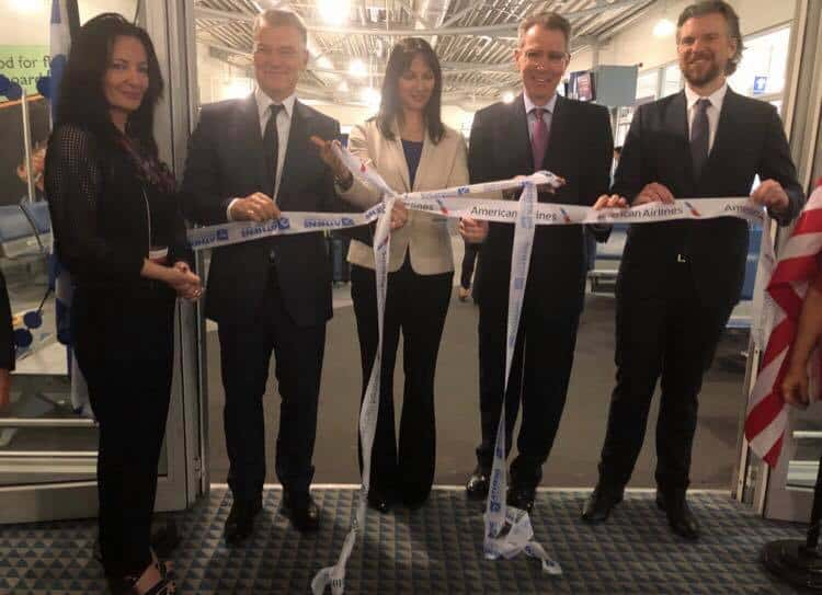 American Airlines celebrates very first non-stop flight from Chicago to Athens 4