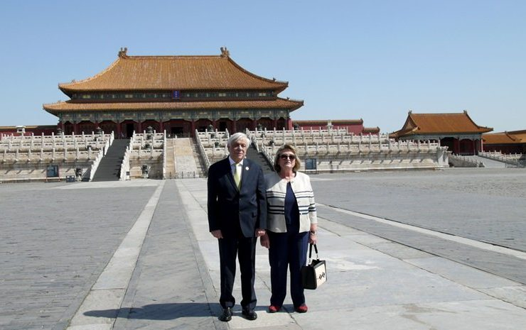 Greek President on tour in China 13
