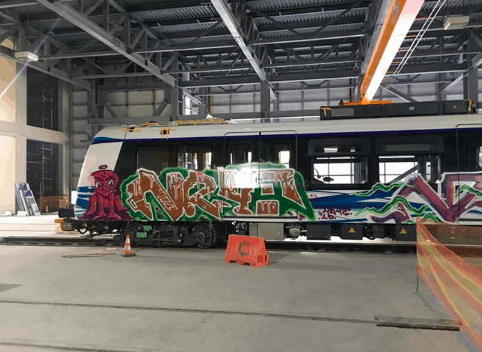 Vandals spray paint graffiti over brand new metro train in Thessaloniki 6