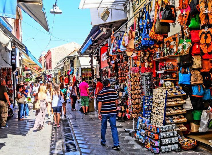 UK issues surprising new travel warnings for Brits travelling to Greece 6