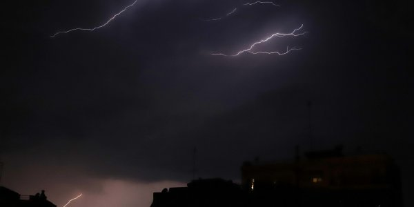 Zeus records 10,000 thunderbolts over Greece 9