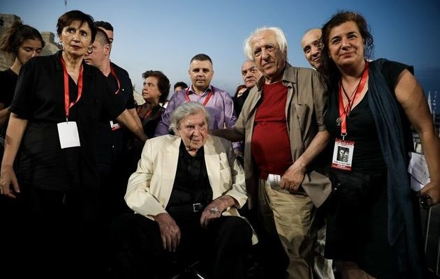 Spectacular tribute To Mikis Theodorakis: You are Greek! What you were once will be again 12