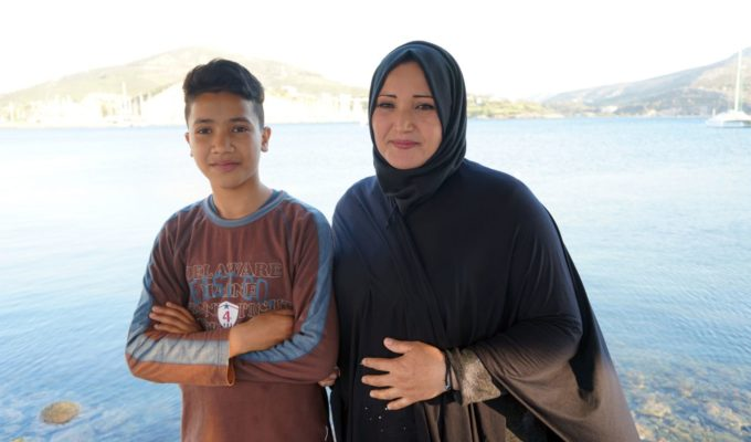 Young refugee student in Leros teaches Greek language to kids worldwide 2
