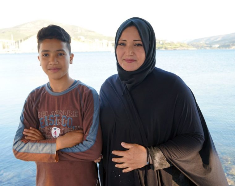 Young refugee student in Leros teaches Greek language to kids worldwide 17