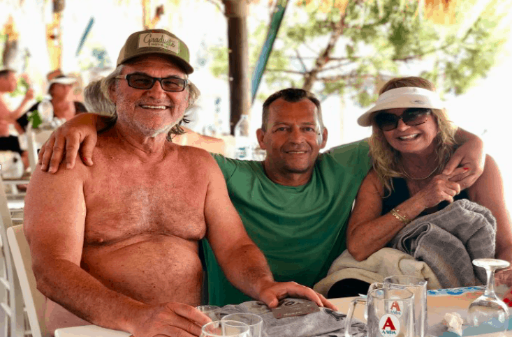 Goldie Hawn and Kurt Russel enjoying a summer holiday in Skiathos 18